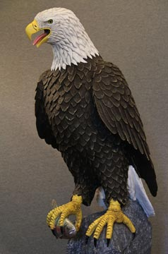 bald-eagle-sculpture